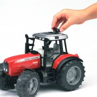 Bruder Traktor MASSEY FERGUSON s čelním nakladačem 2042 3