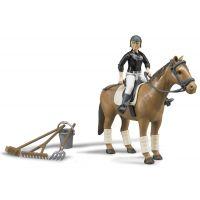 Bruder 62505 BWORLD Jazdecký set kôň žena a príslušenstvo