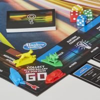 Hasbro Monopoly Speed 5