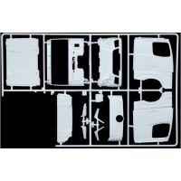 Italeri Model Kit truck 3948 Mercedes-Benz MP4 Big Space 1:24 4