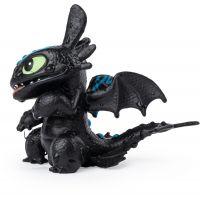 Jak vycvičit draka figurky měnící barvy Toothless 4