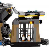 LEGO Batman Movie 70909 Vlámanie do Batcave 5