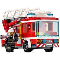 LEGO City 60107 Hasičské auto s rebríkom 4