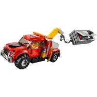 LEGO City 60137 Ťažkosti odťahového vozidla 3