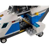 LEGO City 60138 Naháňačka vo vysokej rýchlosti 5