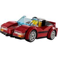 LEGO City 60138 Naháňačka vo vysokej rýchlosti 6