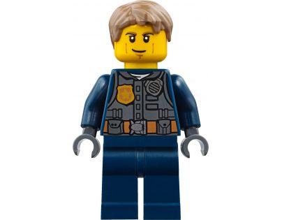 2a8c4f714 LEGO City 60138 Naháňačka vo vysokej rýchlosti | 4kids