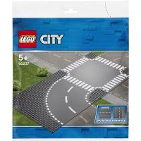 LEGO City 60237 Zákruta s križovatkou