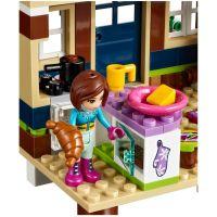 LEGO Friends 41323 Chata v zimnom stredisku 6