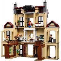 LEGO Jurassic World 75930 Vyčíňanie Indoraptora na panstve Lockwoodovcov 3