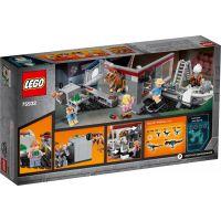 LEGO Jurassic World 75932 Jurský park: Naháňačka s Velciraptorom 5