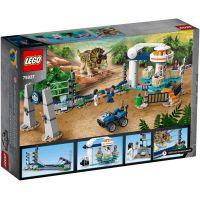LEGO Jurassic World 75937 Triceratopsovo besnenie 4