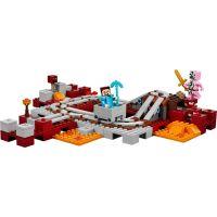 LEGO Minecraft 21130 Podzemná železnica 3