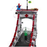 LEGO Super Heroes 76057 Spiderman: Úžasný souboj pavoučích válečníků na mostě 5