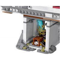 LEGO Super Heroes 76057 Spiderman: Úžasný souboj pavoučích válečníků na mostě 6