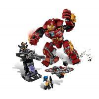 LEGO Super Heroes 76104 Stretnutie s Hulkbusterom 4