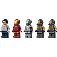 LEGO Super Heroes 76167 Zbrojnica Iron Mana 3