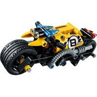 LEGO Technic 42058 Motorka pre kaskadérov 3