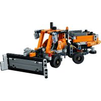 LEGO Technic 42060 Cestári 4