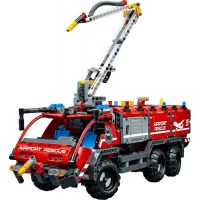 LEGO Technic 42068 Letiskové záchranné vozidlo 5