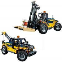 LEGO Technic 42079 Vysokozdvižný vozík 4