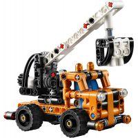 LEGO Technic 42088 Oberač čerešní