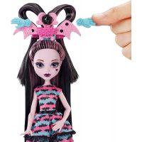 Mattel Monster High Draculaura párty účes 4