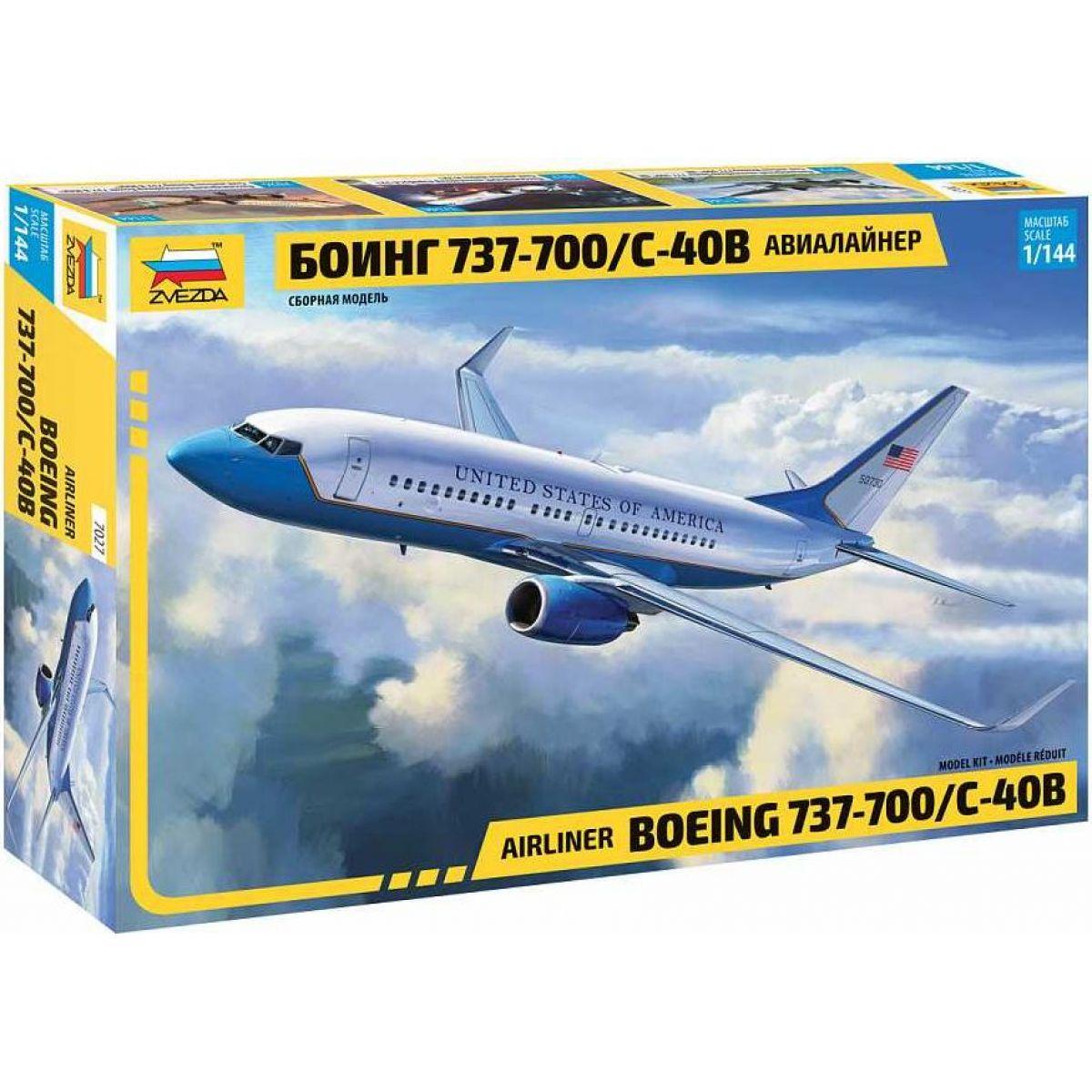 Model Kit lietadlo 7027 Boeing 737-700 C-40B 1: 144