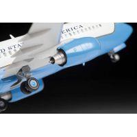 Model Kit lietadlo 7027 Boeing 737-700 C-40B 1: 144 3