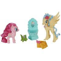 My Little Pony Set 2 poníků s doplňky Pinkie Pie a Princess Skystar