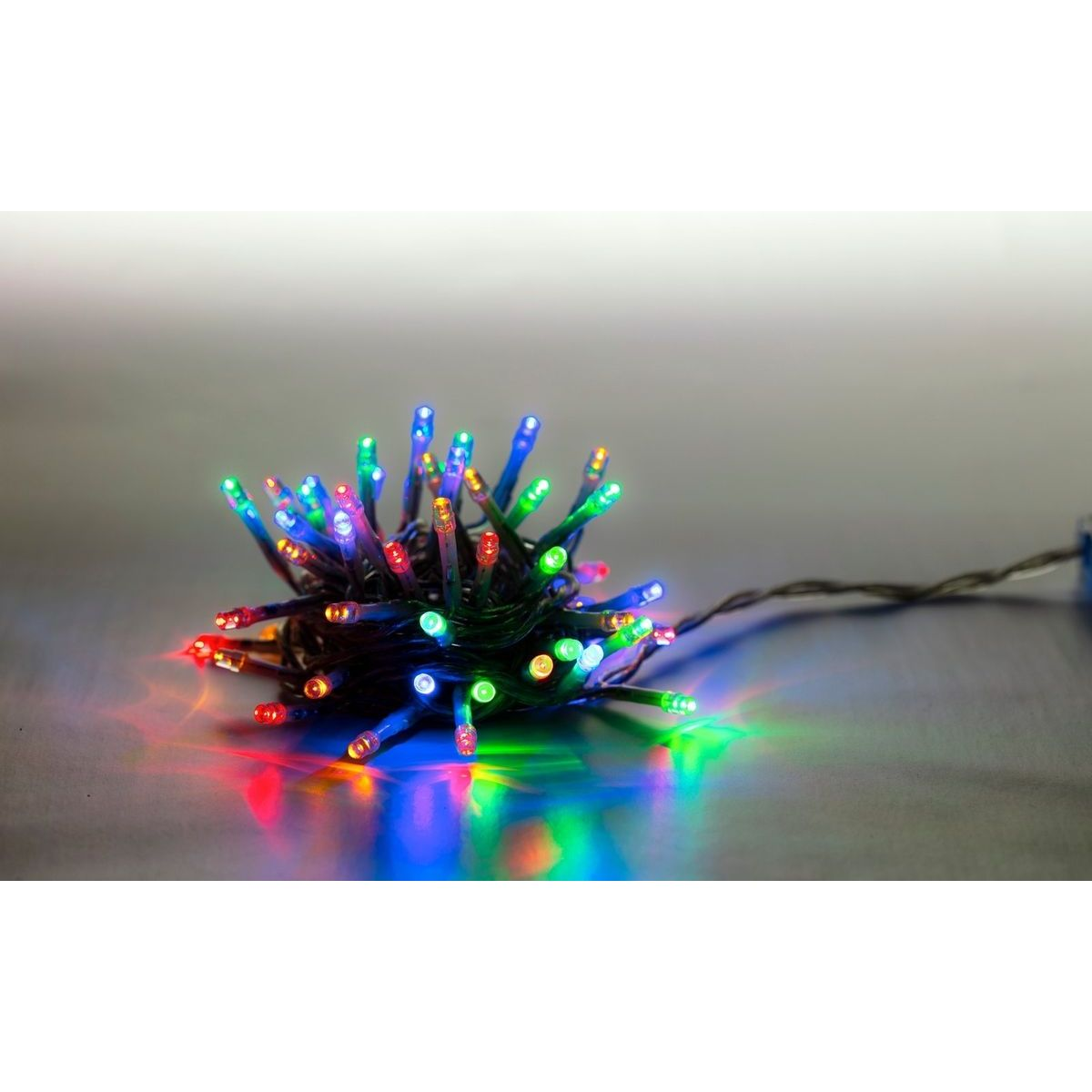 Reťaz svetelný 100 LED 5 m farebná transparent kábel