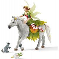 Schleich Víla Marween ve slavnostním oděvu na koni 2