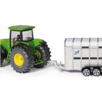 Siku Super Traktor John Deere s přívěsem pro přepravu dobytka vč. 2 krav 1:50 3