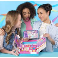 Spin Master Party Popteenies Hracia sada pre párty bábiky Brunetka Ava 4