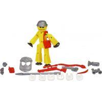 Stikbot action pack figurka s doplňky žlutý s helmou