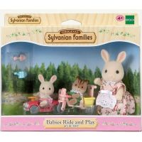 Sylvanian Families 3567 Mamička biely králik s hrajúcimi sa mláďatami 4