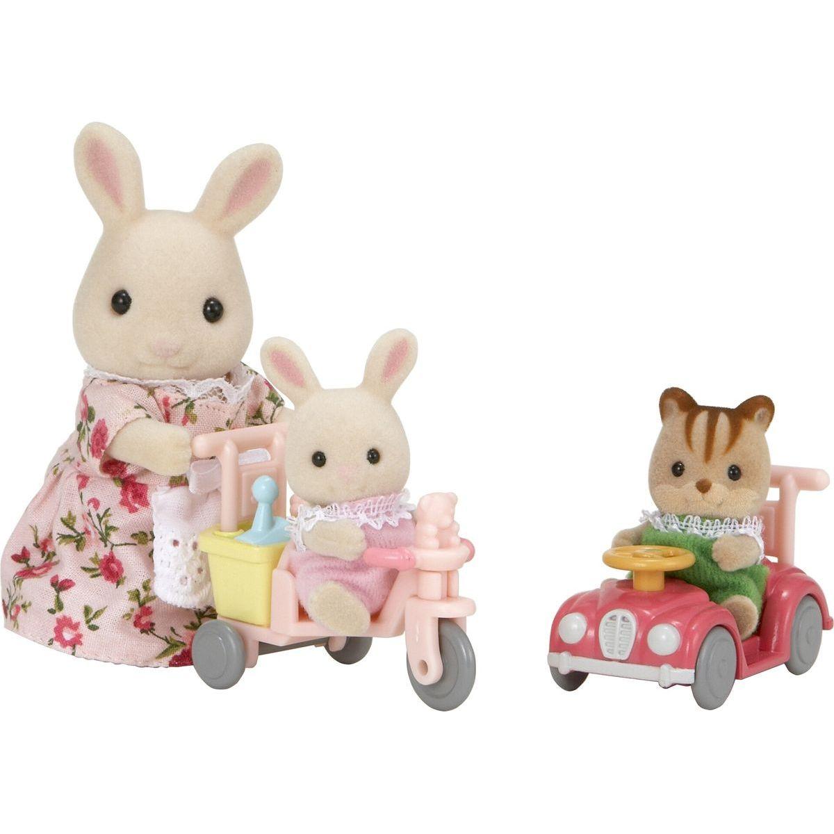 Sylvanian Families 3567 Mamička biely králik s hrajúcimi sa mláďatami