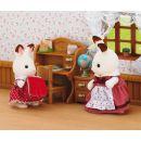 Sylvanian Families Nábytok chocolate králikov sestra pri písacom stole so stoličkou 2