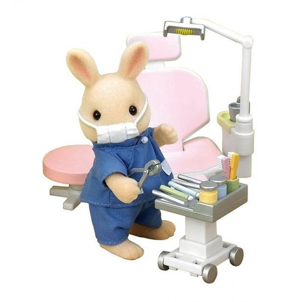 Sylvanian Families U zubára vrátane príslušenstva a figúrky králička